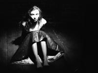 36_elena-kholkina-love-me-olga-druzhina-5.jpg